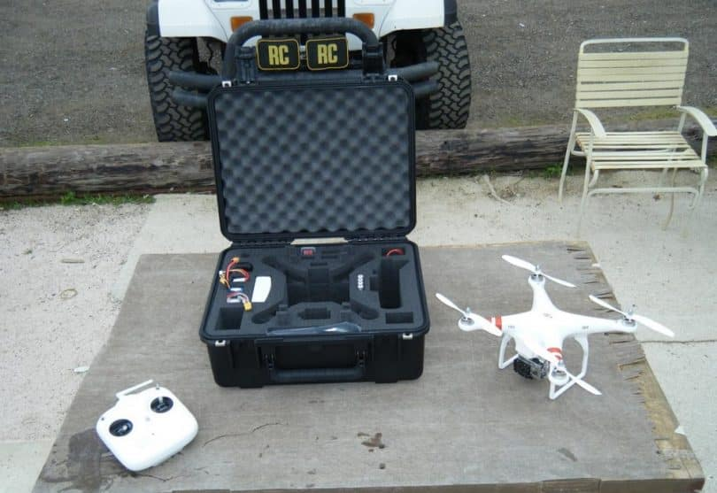 DJI Phantom UAV Drone with case and controller