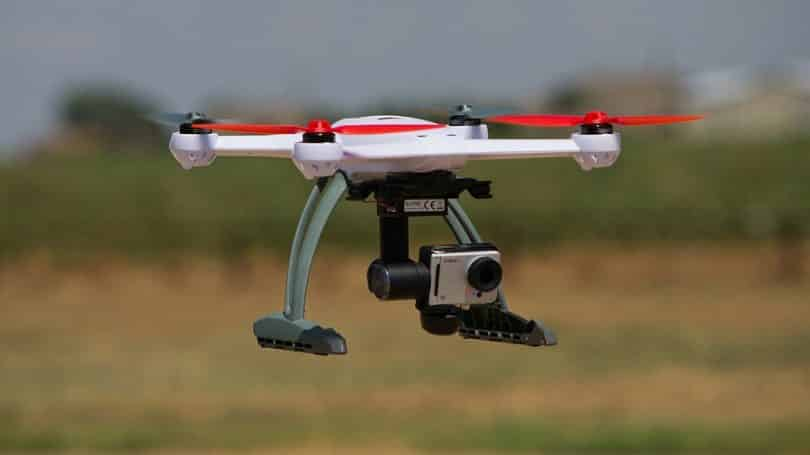 Hobby quadcopter with camera