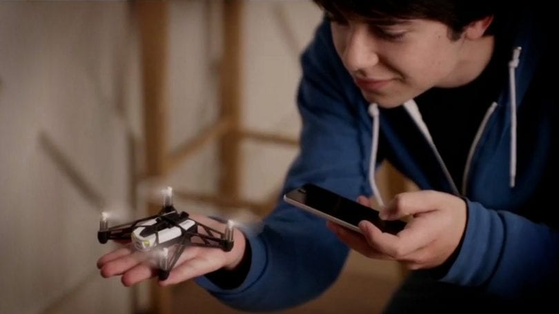 Parrot Mini-Drone Rolling Spider