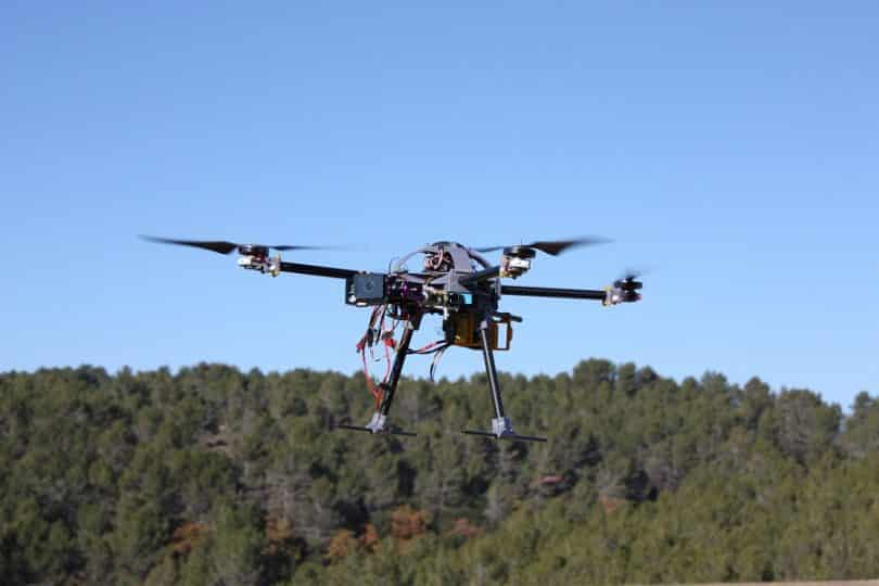 Professional quadcopter