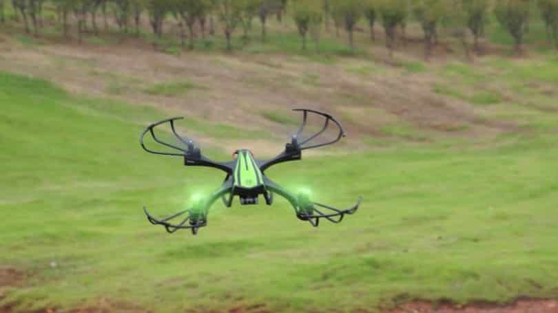 Sky Viper HD V950 in flight