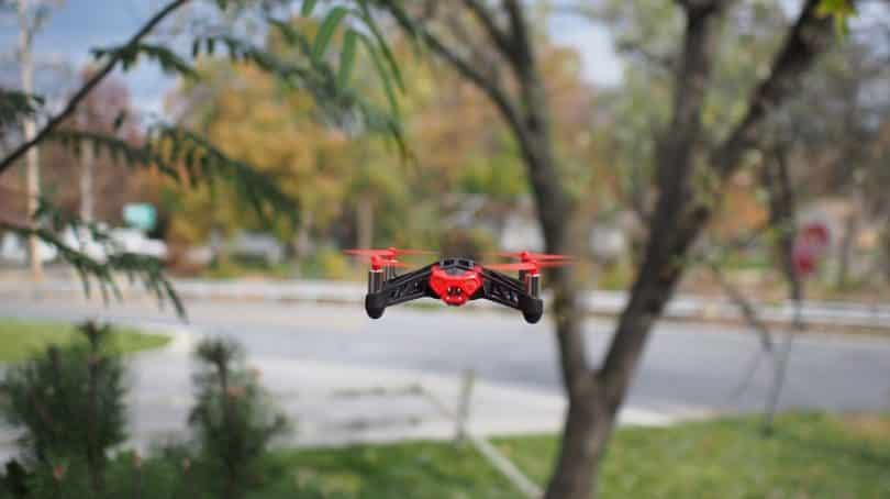 Toy sized quadcopter