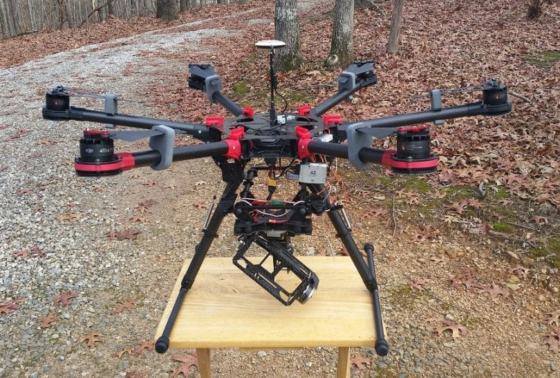 THE DJI S900 with camera frame
