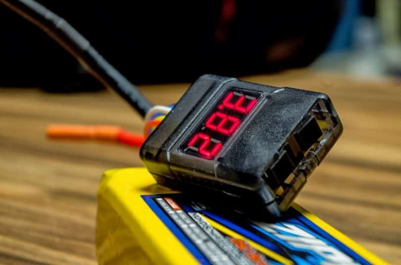 When to charge drone batteries