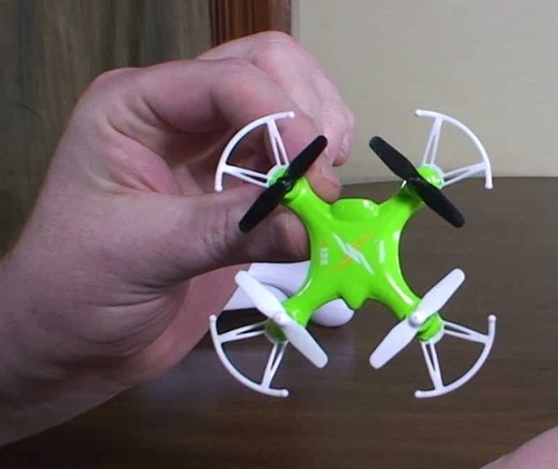 Syma X12S in the hand