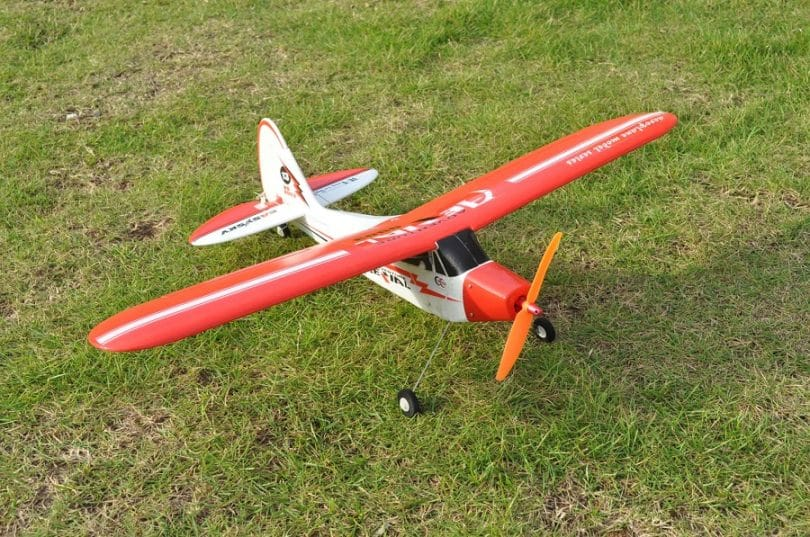 Piper J3 Cub 610mm Brushless