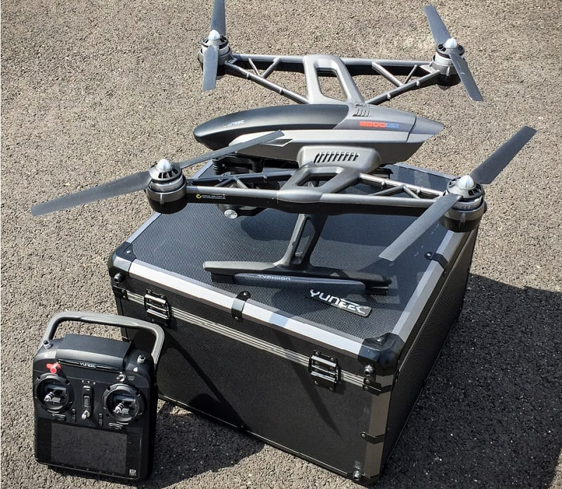 Yuneec Typhoon Q500 4K Drone with controller